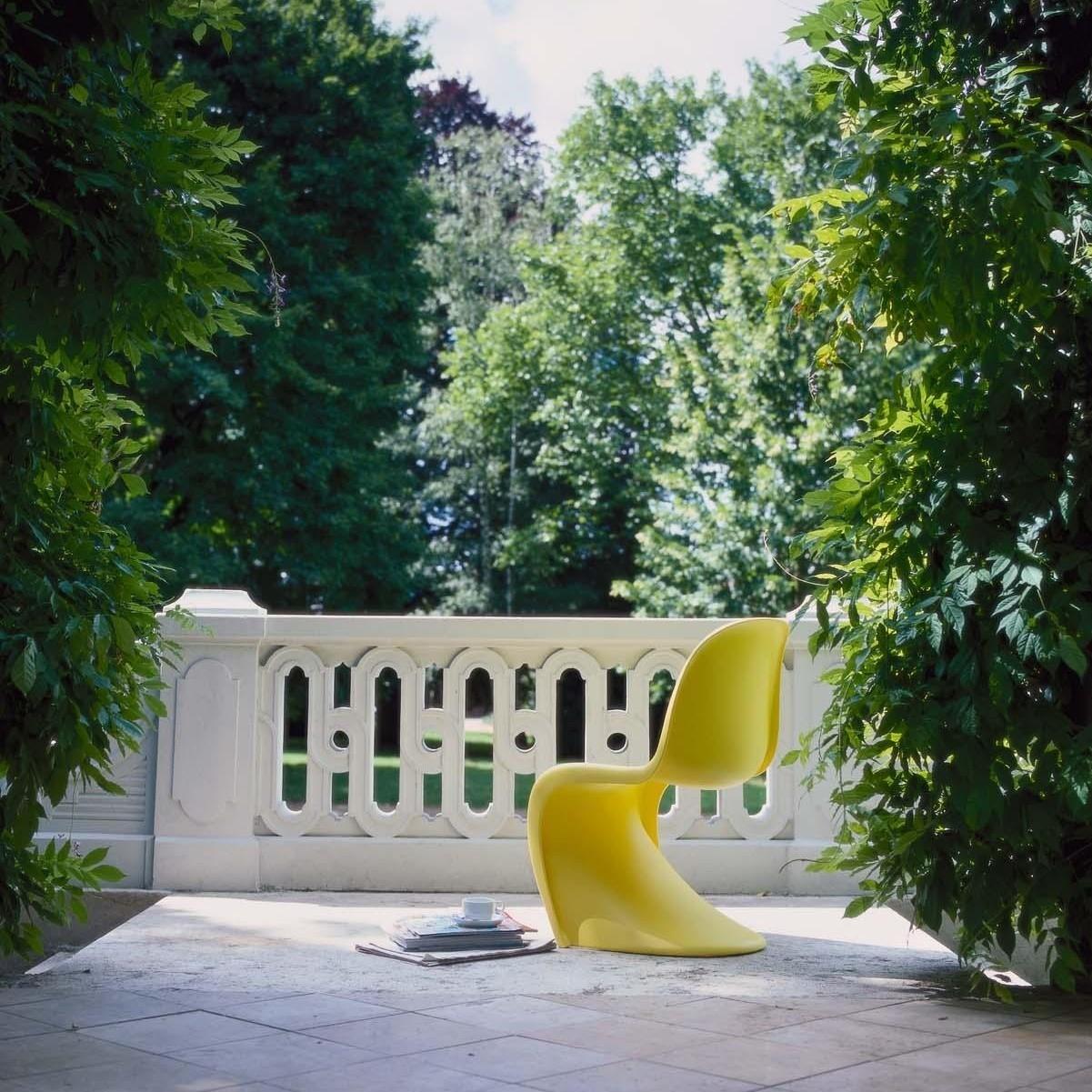Vitra_Panton-Chair_1201x1201-ID122771-34a24d024faaab4c07165dda01603745.jpg