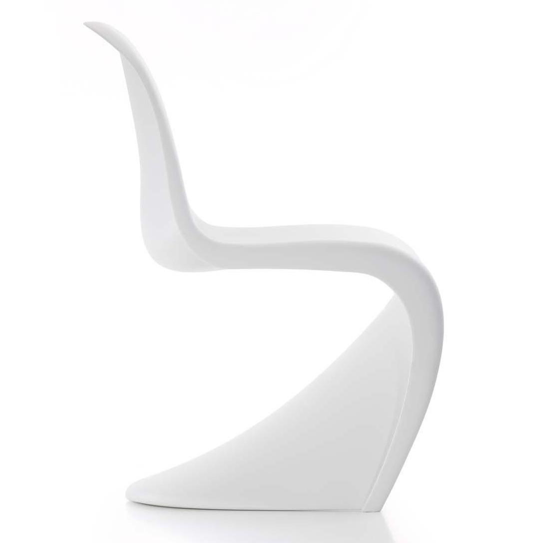 Vitra_Panton-Chair_1087x1087-ID90019-2d1f1097f7ebc659121565655259f444.jpg